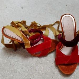 Never worn sexy Zara velvet heels
